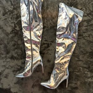 PLeather holographic boots